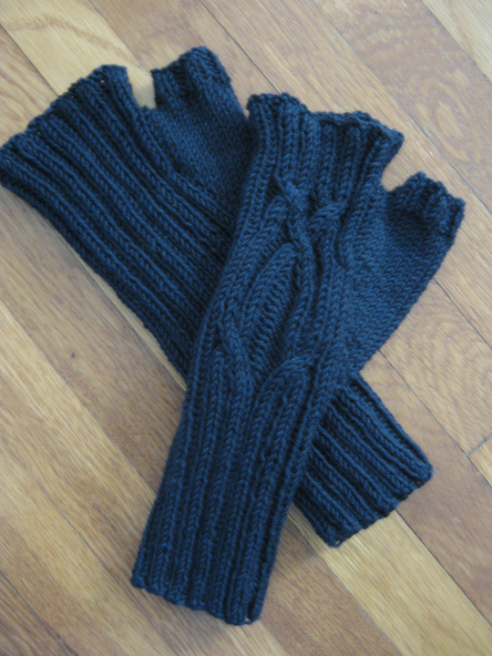 Serpentine mitts 2