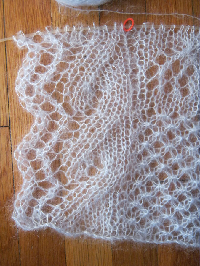 Knitted Lace Pattern : A Bluestocking Knits: Knitted Lace