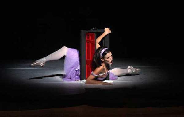 La-et-cm-ballet-review-alices-adventures-in-wo-002