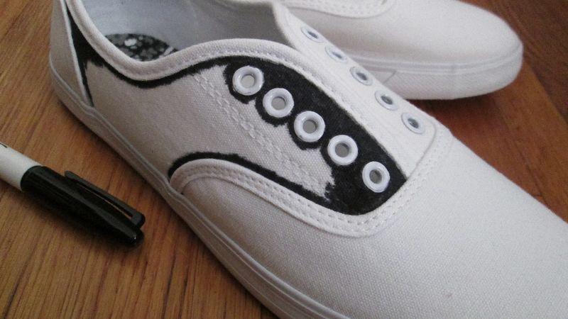 Sneaker saddles 2