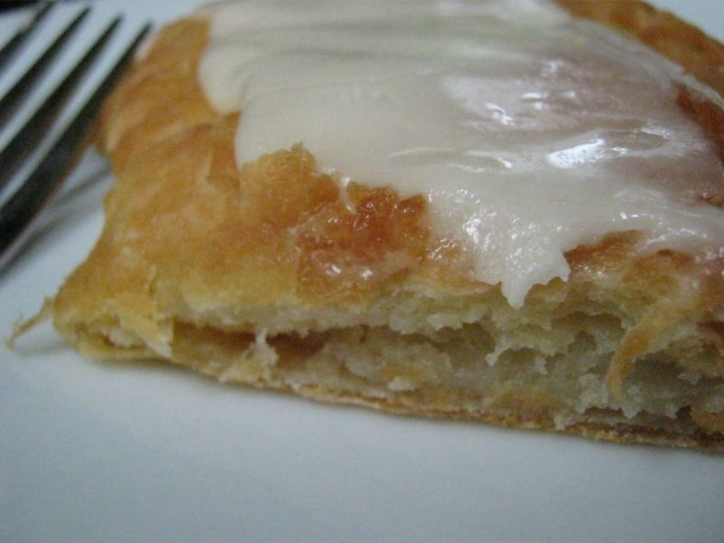 Almond kringle