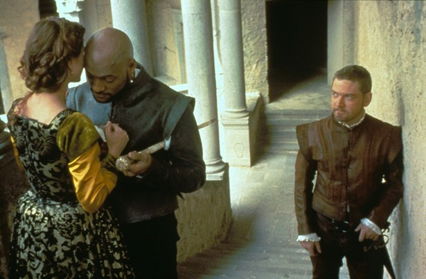 Othello fishburne branagh