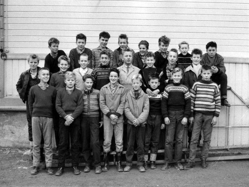 Trondheim_Framhaldsskole,_Klasse_E_1959-60_(4525531454)