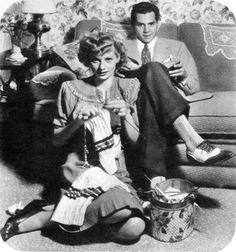 Knitting lucy and desi 1942