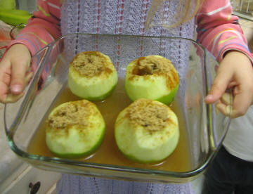 Making_bakedapples