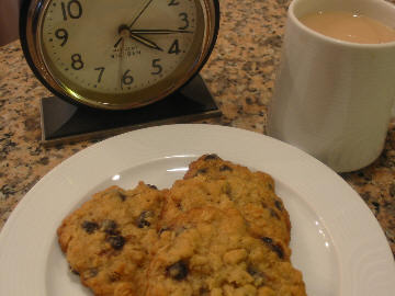 Tea_and_cookies_1